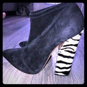 Women's Luxury Casadei booties
